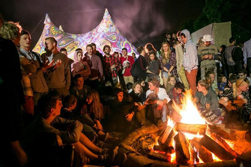 Campfire and Cirque du Sziget (Foto: Mohai Balázs)