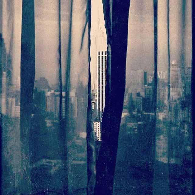 fritzhenle newyork newyorkcity empirestatebuilding courtain blackandwhite bampw blackampwhite blacknwhiteperfection landscapehellip