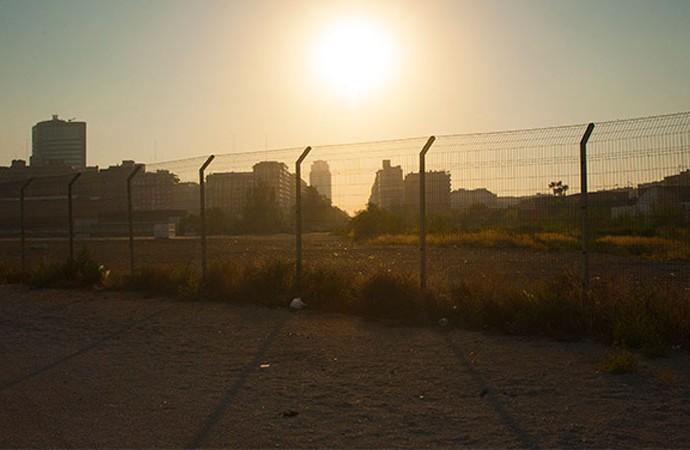 La avenida de Francia desde el sector urbanizable de El Grao. Foto: Juanjo Hernández