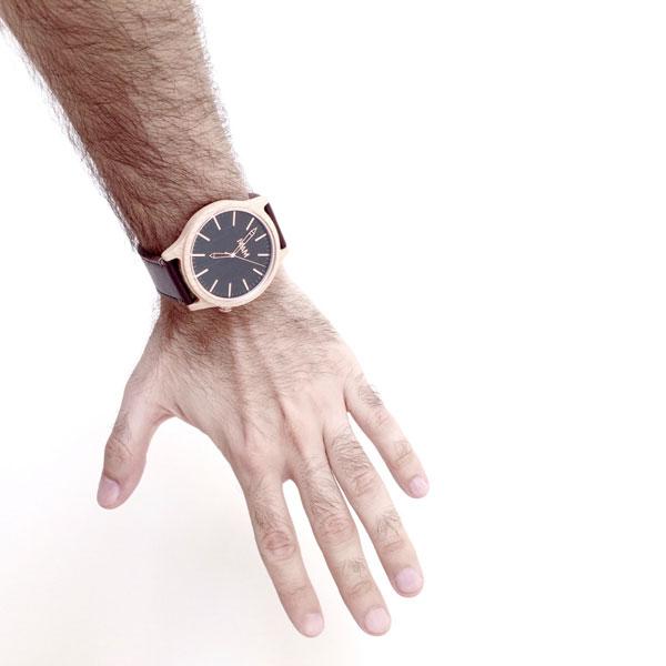 Este reloj bien merece un bolero