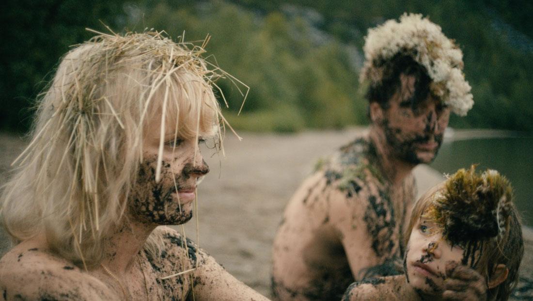 hedi-schneider-is-stuck-laura-tonke-berlinale-cine-elhype