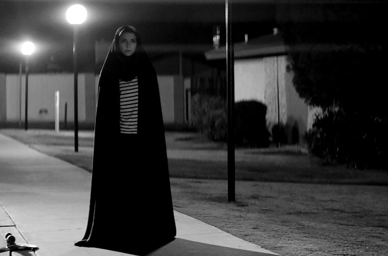 Una chica vuelve a casa de noche (Ana Lily Amirpour, 2014)