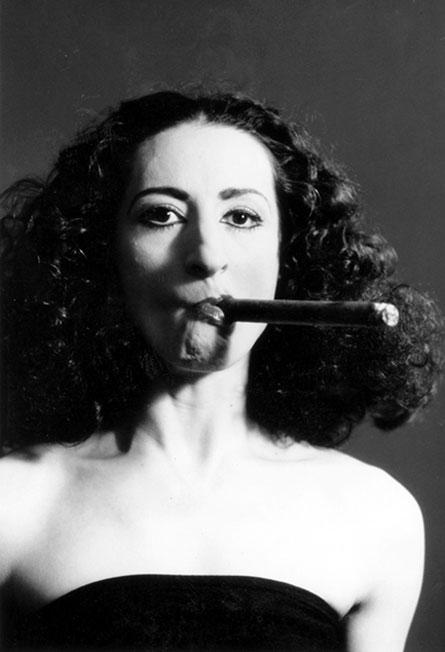 Ana Laguna como Carmen, foto de Lesley Leslie-Spinks