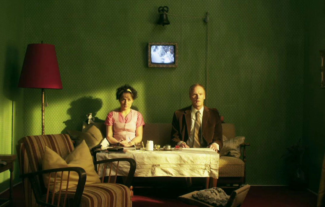 en-cierta-habitacion-bern-effenberger-la-cabina-mediometraje-elhype