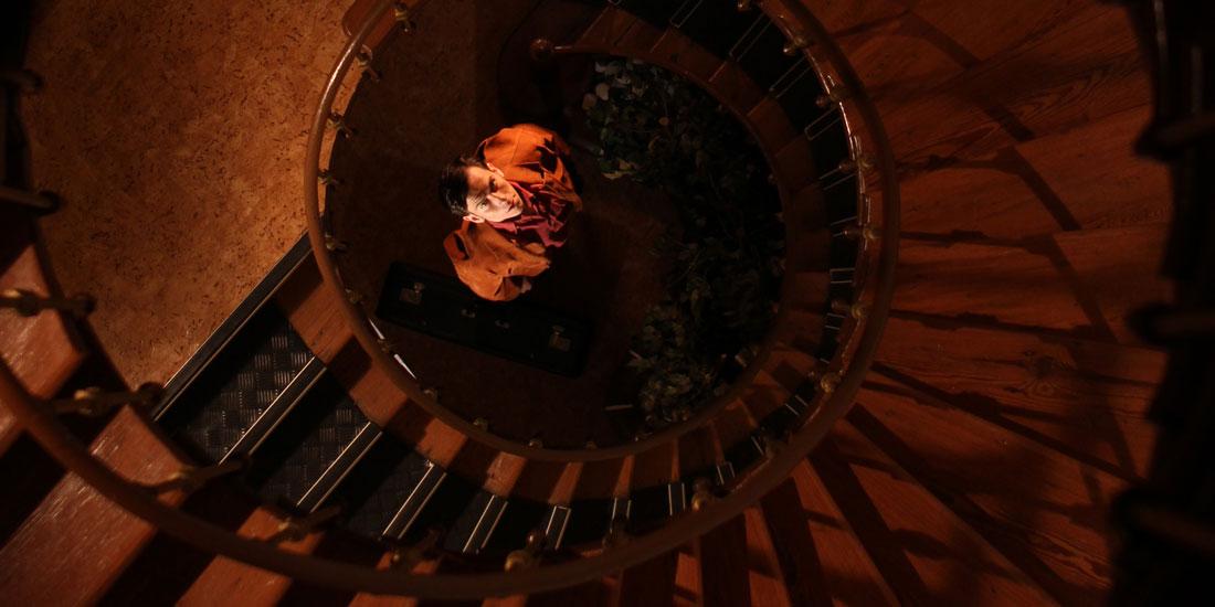 extranamiento-la-cabina-mediometraje-elhype