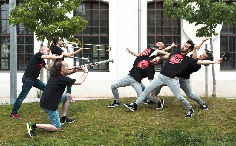 in-somni-cobla-sant-jordi-kulbik-dance-danza-elhype-1