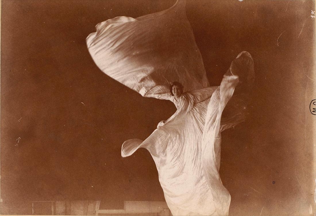 Sombras y metamorfosis danzadas