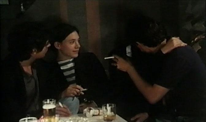 portrait-dune-jeune-fille-de-la-fin-des-annees-60-a-bruzelles-la-cabina-mediometraje-elhype