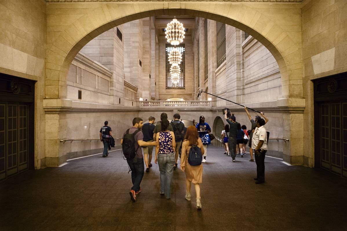 """Rodando """"El arquitecto de Nueva York"""" en la estación central de Nueva York. Foto: Miguel Orts"""