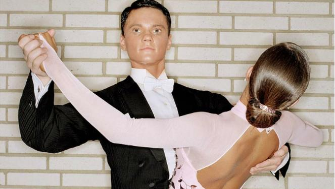 El inquietante rostro del bailarín de salón