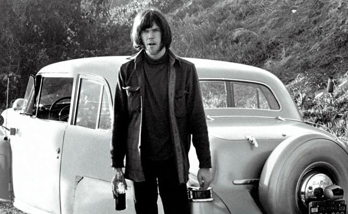 Neil Young, una vida sobre ruedas