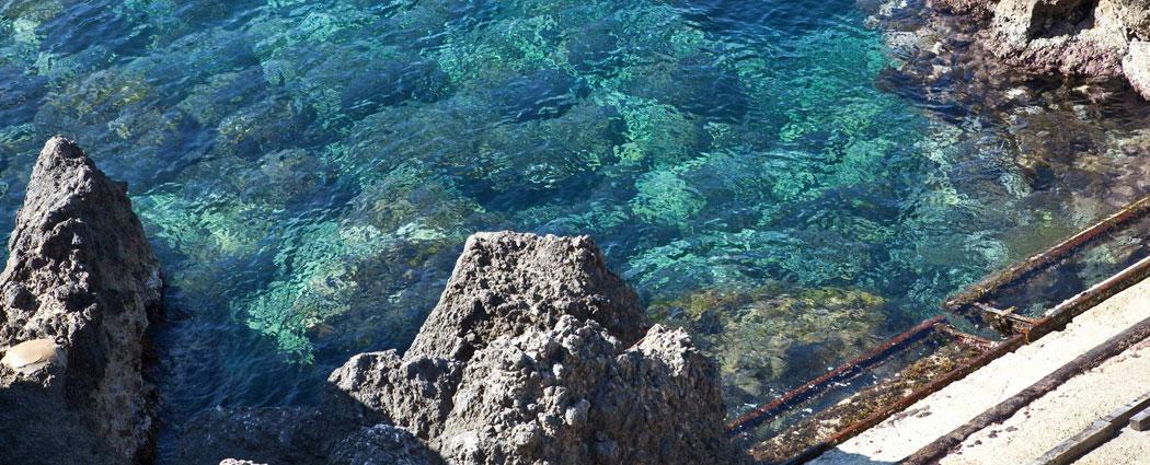 Bodegas bajo las olas
