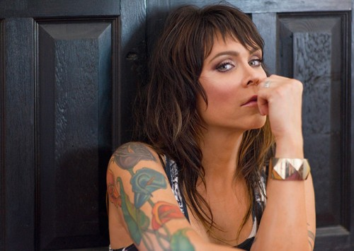 Beth Hart –  Am I The One