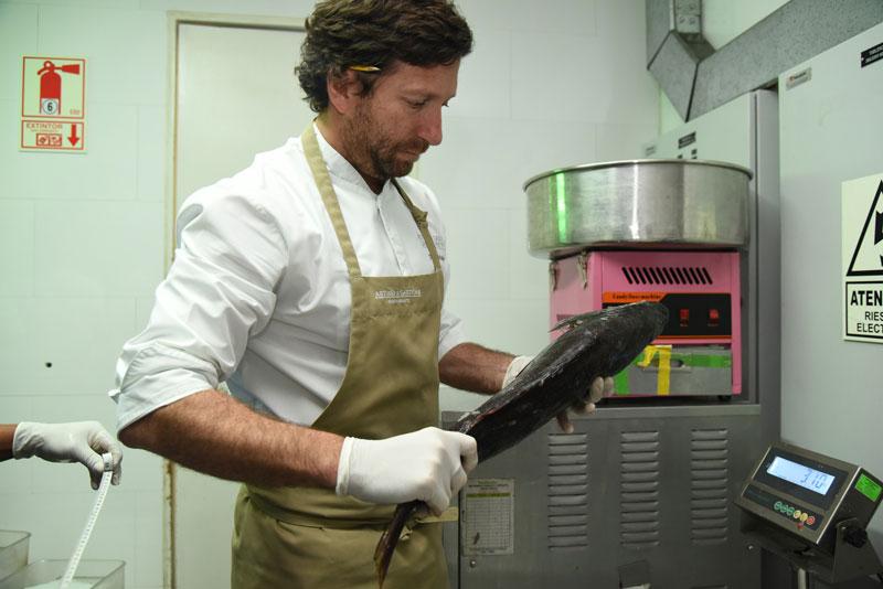 Diego Muñoz, en la cocina de Astrid y Gastón