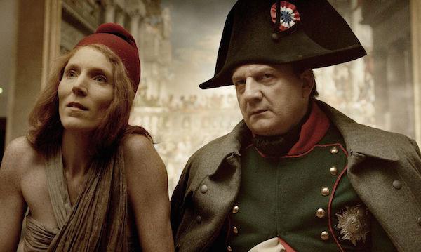 """Marianne y Napoleón en una escena de """"Francofonia"""""""