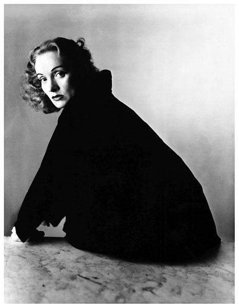 © Irving Penn. Marlene Dietrich, 1947