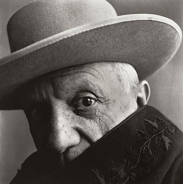 © Irving Penn. Pablo Picasso in La Californie, Cannes 1957