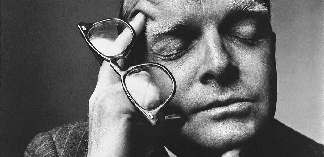 © Irving Penn. Truman Capote 1965