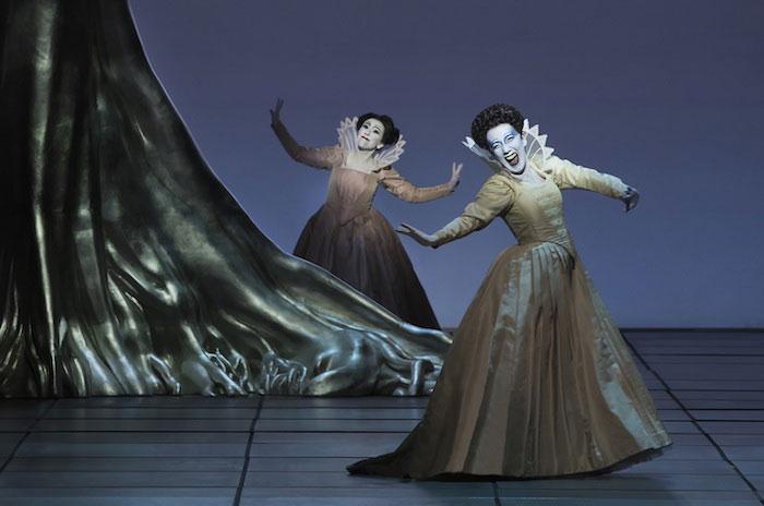 """© Lucie Jansch. Monica Bacelli en un momento del segundo acto de """"L'incoronazione di Poppea"""""""