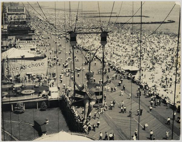 Modern Venus. 1947. Coney Island
