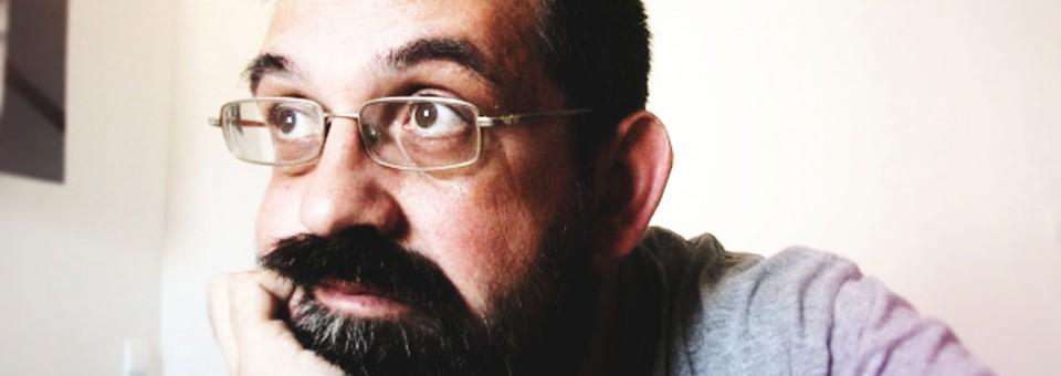 Están vivos #3: Paco Inclán, periodista de ficción