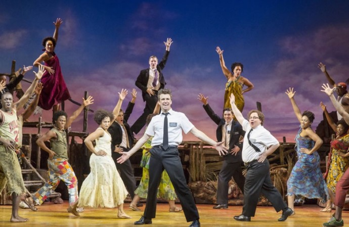 """The Book of Mormon"", alegría y adicción musical a ritmo de sátira"