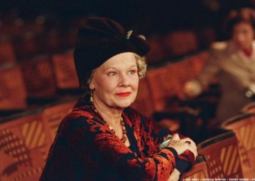 Mrs. Henderson presenta (Stephen Frears, 2005)