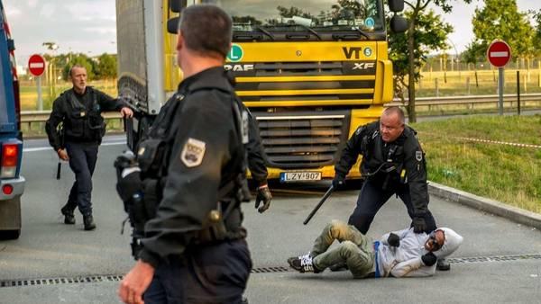 Operativo policial en el Eurotúnel: Europa como distopía
