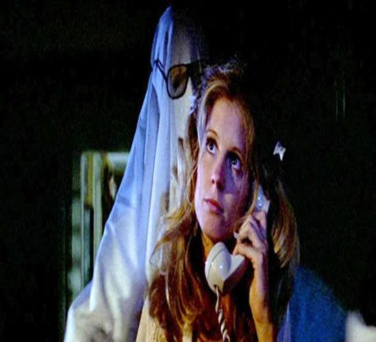 En cambio en el cine de terror, en realidad, no muere nadie. Piénsalo.