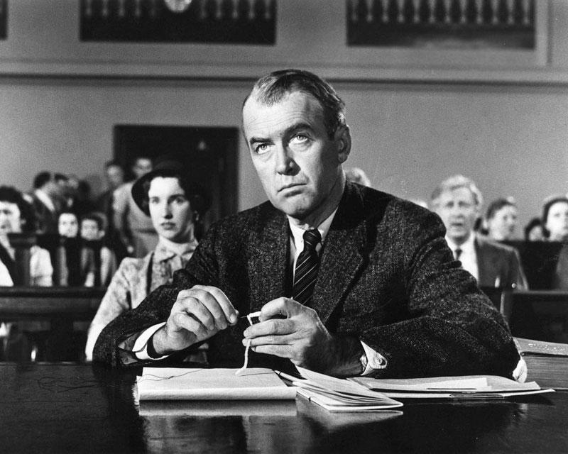 Stewart como Biegler en Anatomy of a murder (Otto Preminger, 1959)
