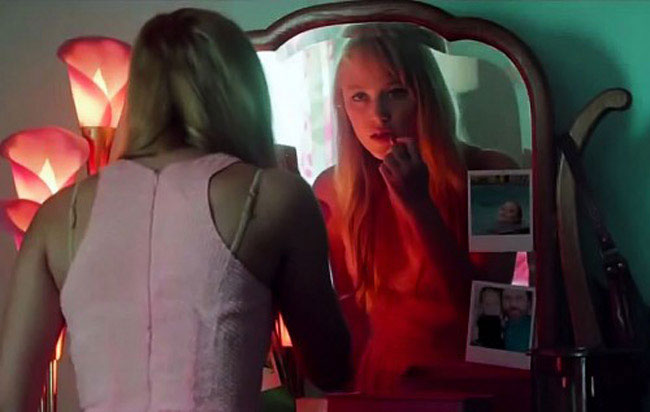 Maika Monroe en It Follows