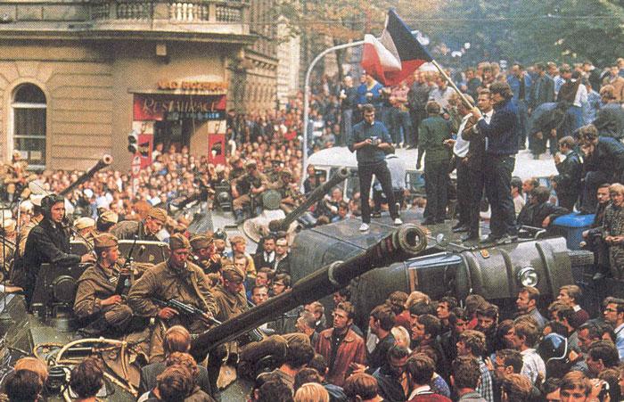 La primavera siempre es la estación más corta del año: Praga 1968