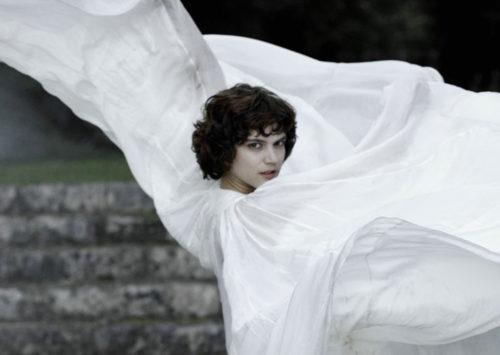 La Danseuse pide justicia para Loïe Fuller