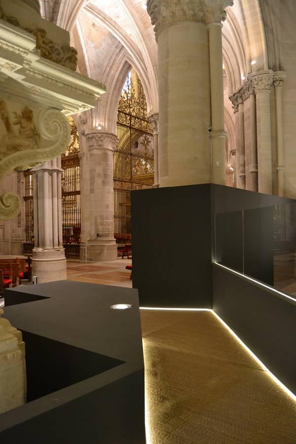 © Exposición La poética de la libertad en la Catedral de Cuenca. Fotografía sjll.