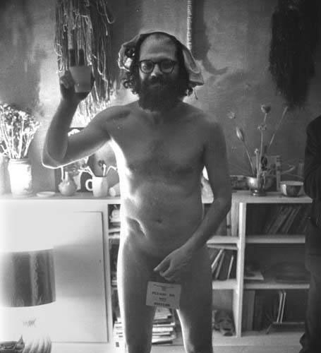 Allen Ginsberg que estás brindando con nosotros