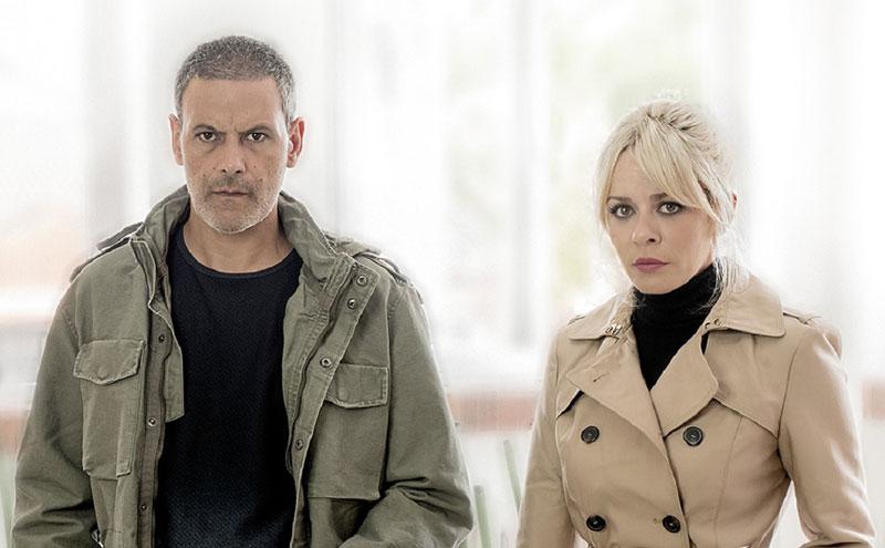 Roberto Enríquez y María Adánez, protagonistas de El pequeño poni.