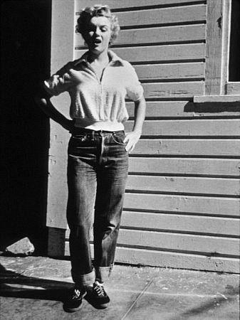 Marilyn, aburrida ya de adelantarse a las tendencias...