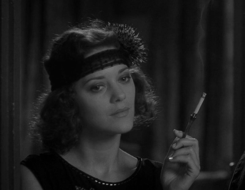 El cine de Allen está lleno de mujeres hermosas: Cotillard