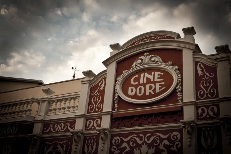 """Cine Doré, """"El palacio de las pipas""""."""