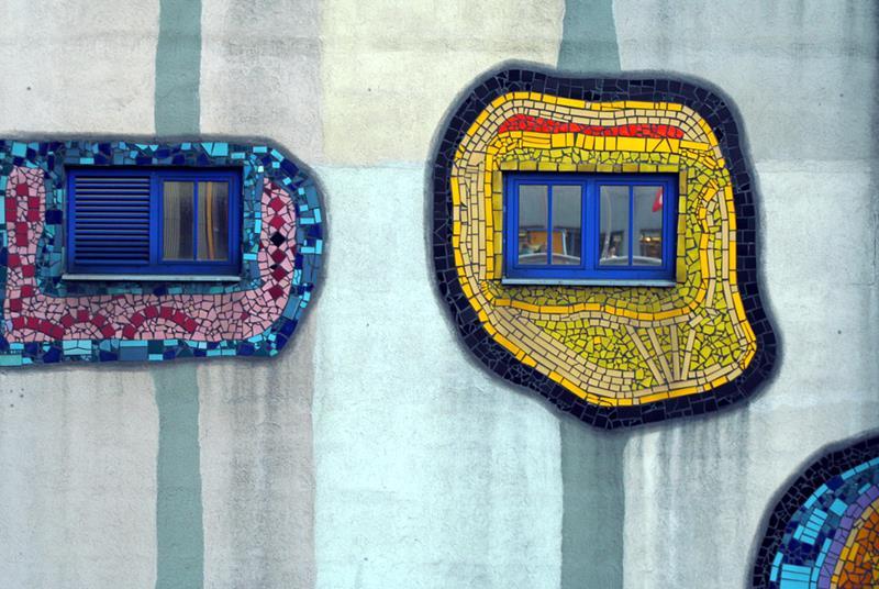 El derecho a la ventana. Casa Hundertwasser en Austria. Fotografía Flickr: usuario: Mc Nastia.