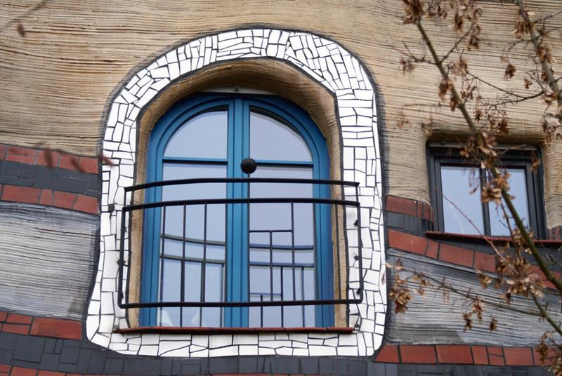 Detalle ventana de la casa Hundertwasser. Fotografía Flickr: usuario: medusa.