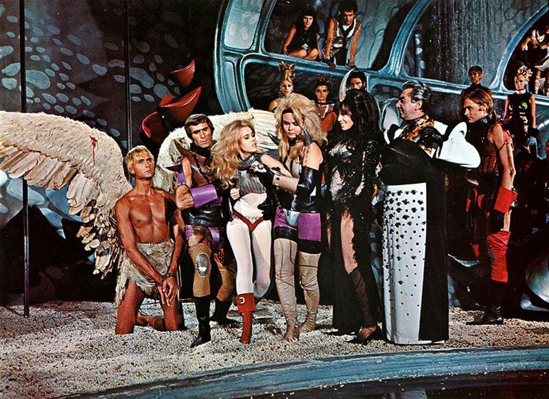 Imágenes de la película Barbarella, Roger Vadim (1968).
