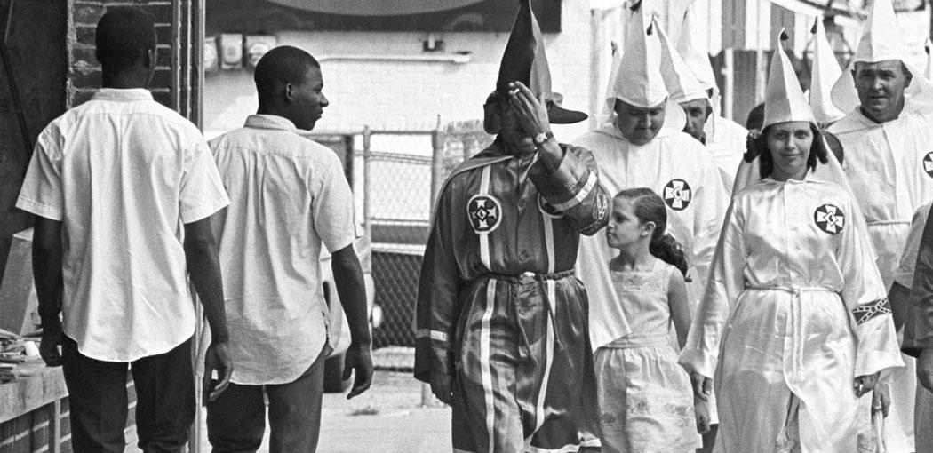 Racismo - KKK
