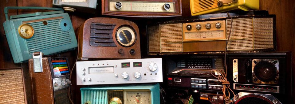 La radio les salvó la vida: cinco discos magistrales gestados al calor de las ondas