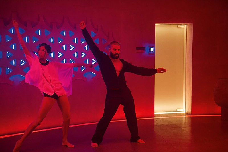 Ex Machina, director Alex Garland (2015).
