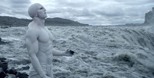 El aligeramiento de Dios en la ciencia-ficción: Alien