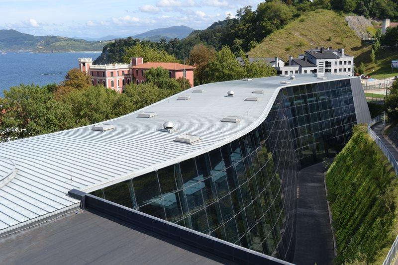 Museo Balenciaga en Getaria. Arquitecto Julián Argilagos. Fotografía Sandra Jiménez.