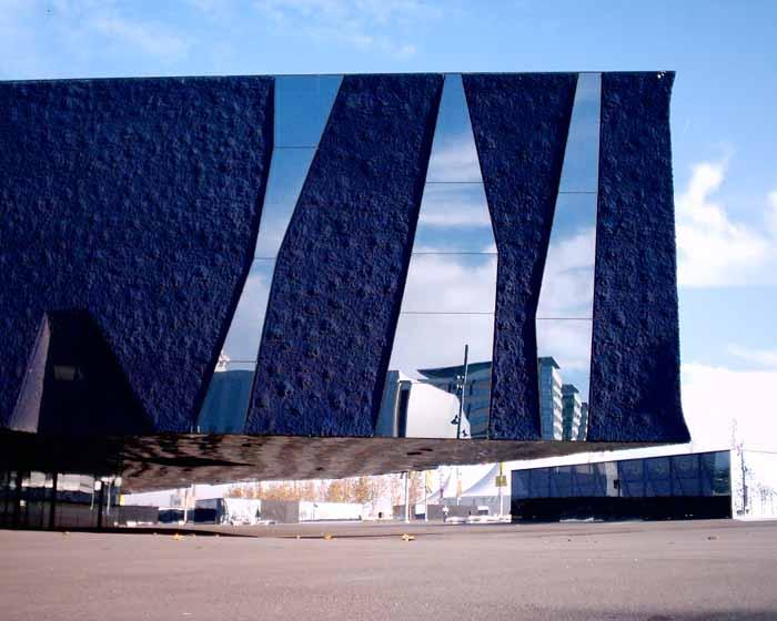 Edificio Forum Barcelona, 2004. Arquitectos Herzog & De Meuron © Fotografía Adrian Welch.
