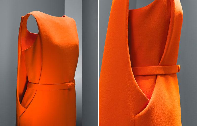 Vestido de día en crespón naranja, Cristóbal Balenciaga.