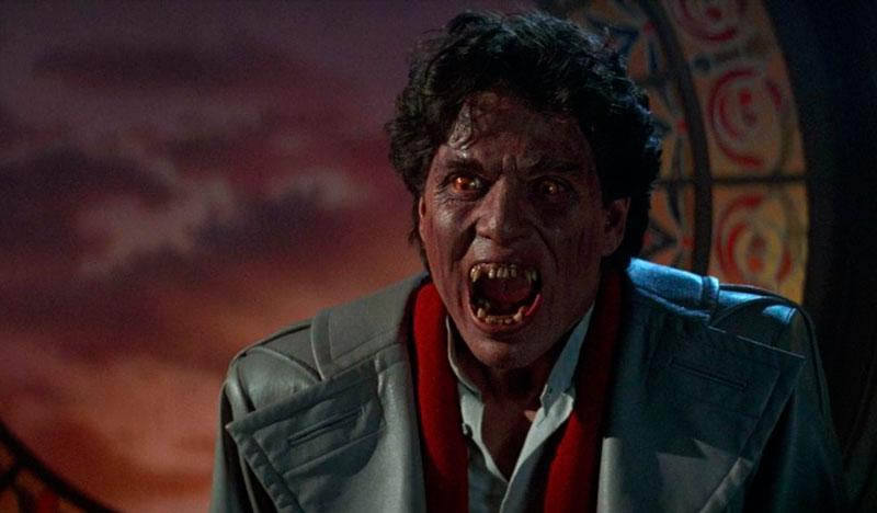 Noche de miedo (Tom Holland, 1985)